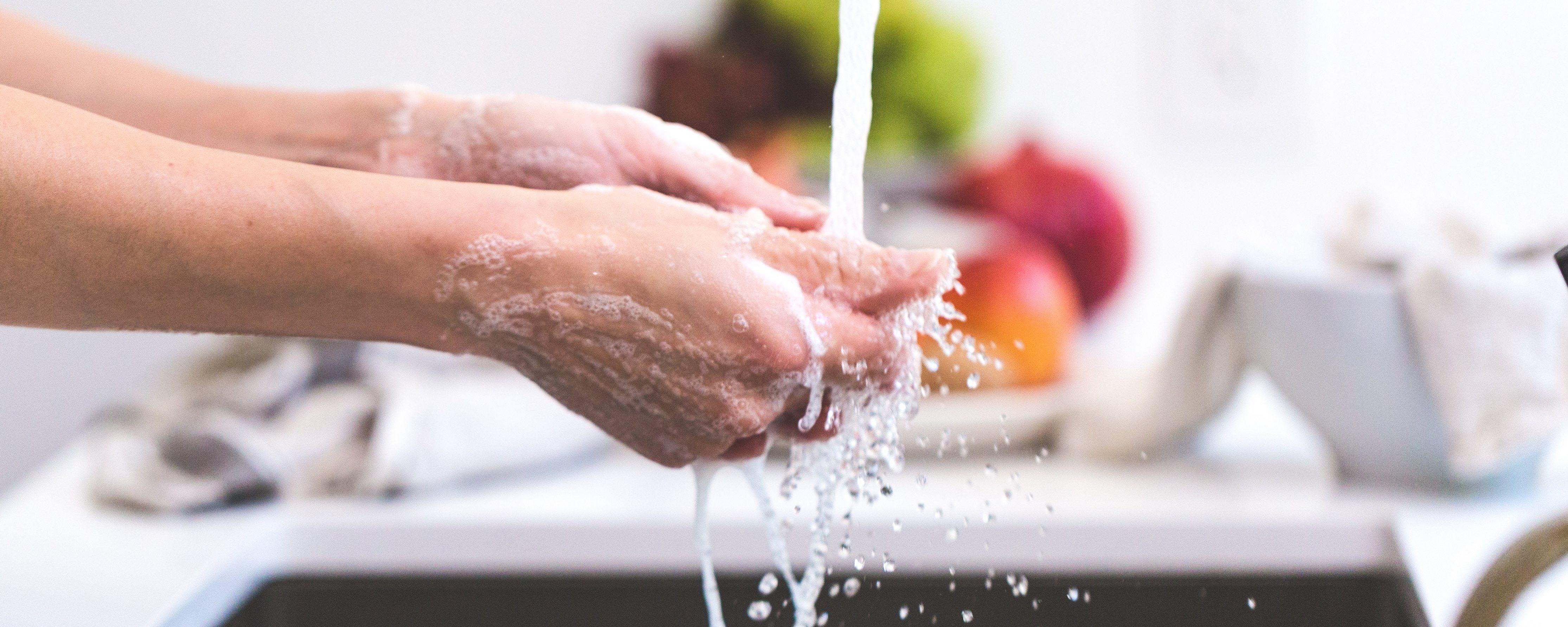schmuck-reiniggen-designer-diamonds-muenchen-augsburg-cooking-hands-handwashin